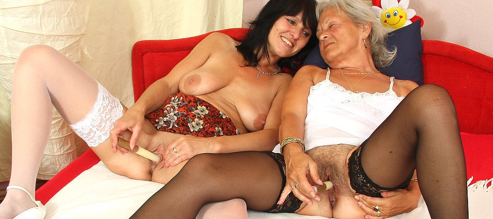 Older amateur moms and women in stockings